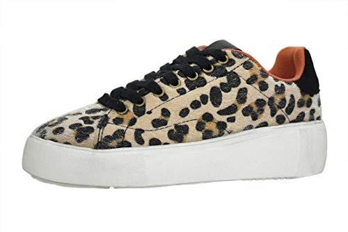 amazon sneaker